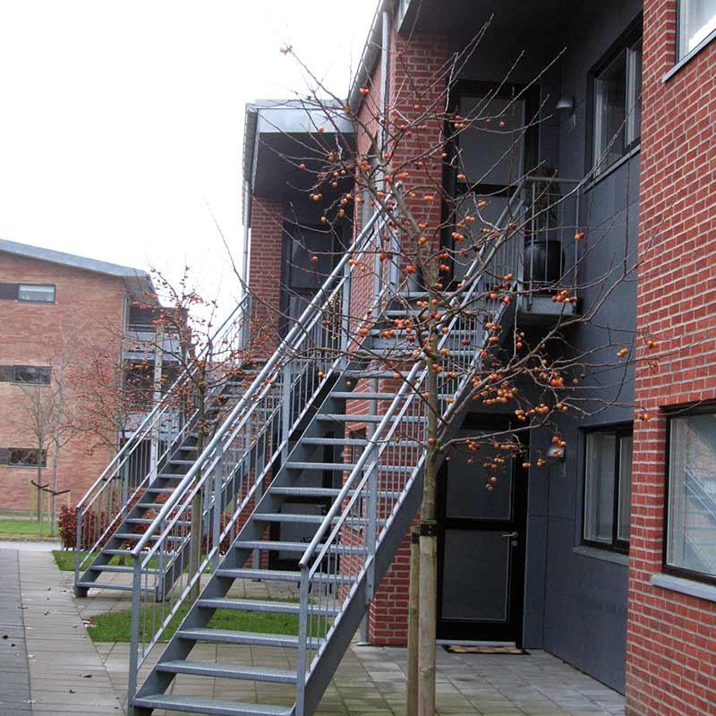 Troestrupgade 2-6 Herning, Trappeopgangen til 1 sal